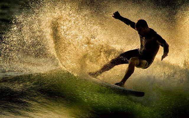 Hopupu Surf School