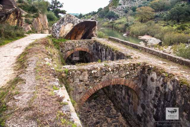 Jimena de la Frontera hides lots of history everywhere. Dare to find it!
