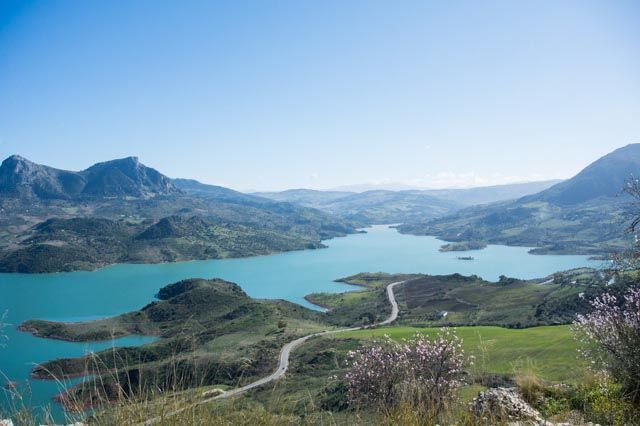 The Zahara Reservoir is worth a photo, isn't it?