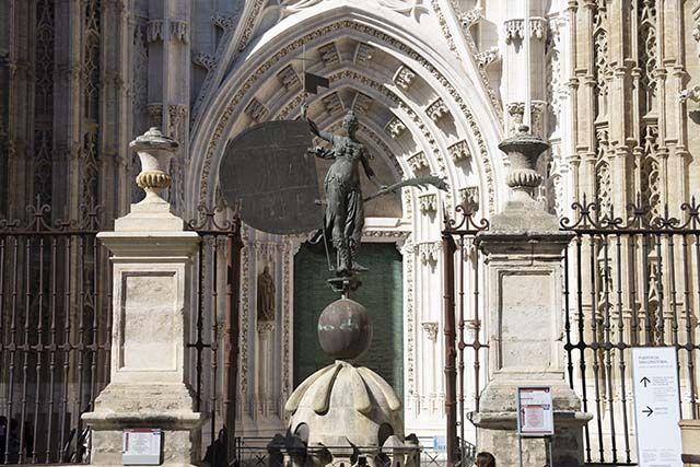 sculptura Catedral de Sevilla
