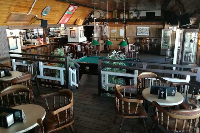 Woodstock Bar