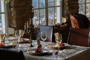 La vista de Medina Bodas en Andalucia. Comedor.