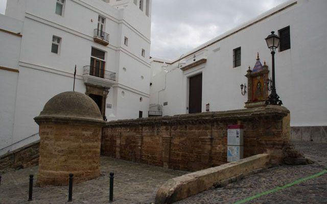 Church of Santa Cruz (Old Cathedral)