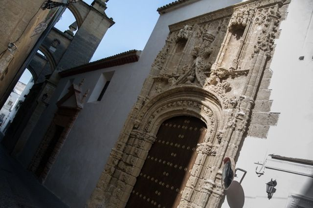 Arcos de la Frontera is a great town to appreciate architecture.