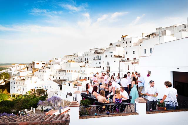 There are some restaurants in Vejer that overlooks the village. An idyllic spot to spend the night.