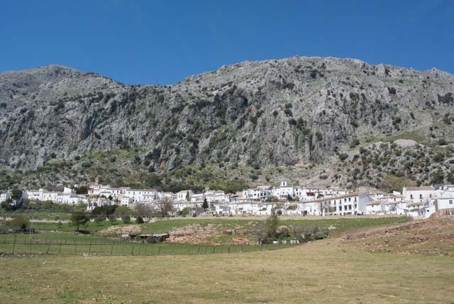 Villaluenga del Rosario is one of the most special white villages in the province of Cadiz