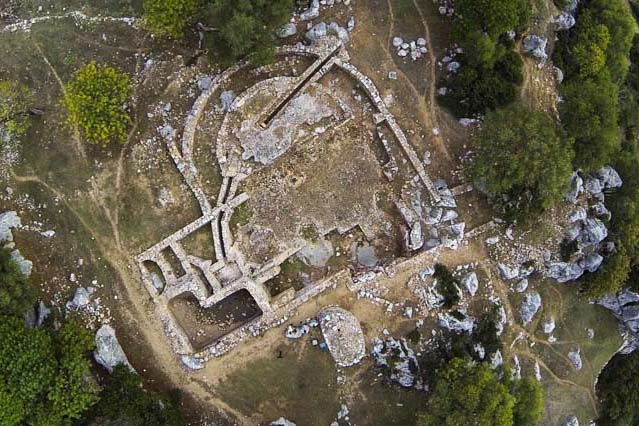 The Ocuri Archaeological Site will leave you speechless.
